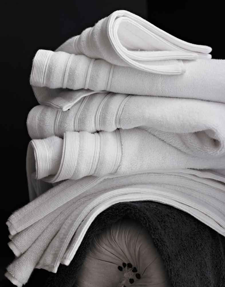 msbath_10_bw_towels_1_au14_2